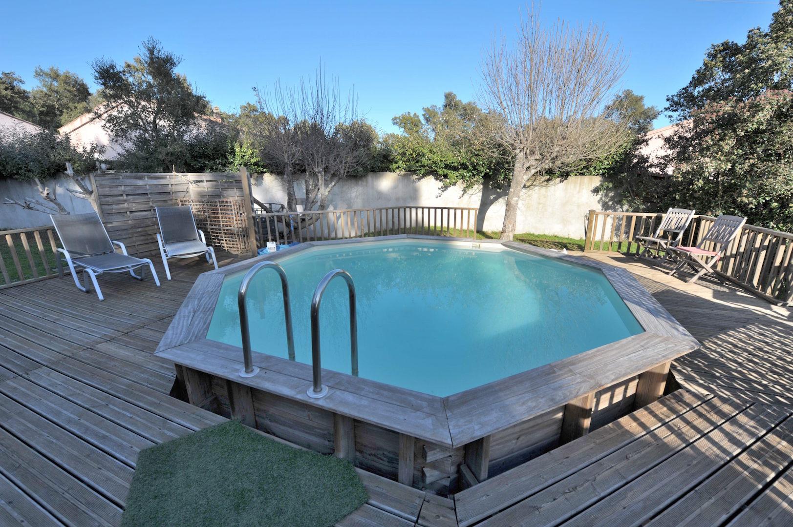 Palavesa maison t 4 5 avec piscine for Piscine avec solarium